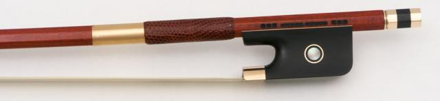 Michael Mönnig cello bow ****** gold mounted